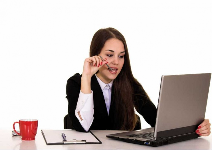 laptop-girl How to Get Your Boss to Be More Respectable
