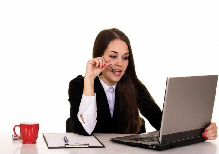 laptop-girl1 How to Get Your Boss to Give You More Responsibility