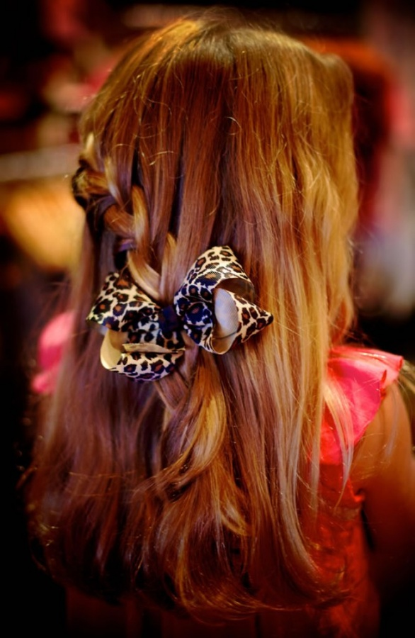 leopard-hair-bow-ten-little-monkeys 50 Gorgeous Kids Hair Accessories and Hairstyles