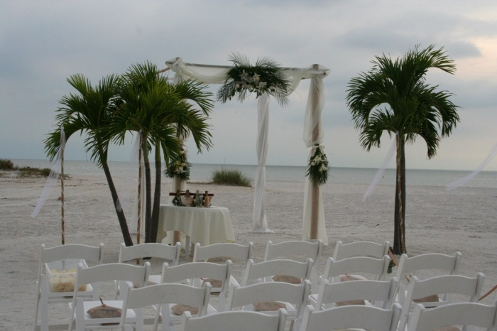 on-sand Dazzling and Stunning Outdoor Wedding Decorations