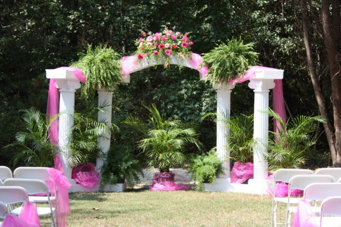 osborn Dazzling and Stunning Outdoor Wedding Decorations
