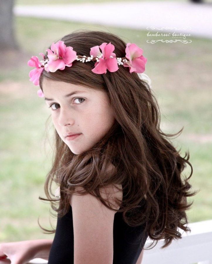 pink-crown 50 Gorgeous Kids Hair Accessories and Hairstyles