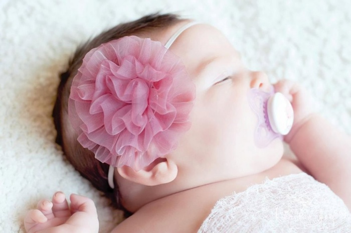 pink-headband 50 Gorgeous Kids Hair Accessories and Hairstyles