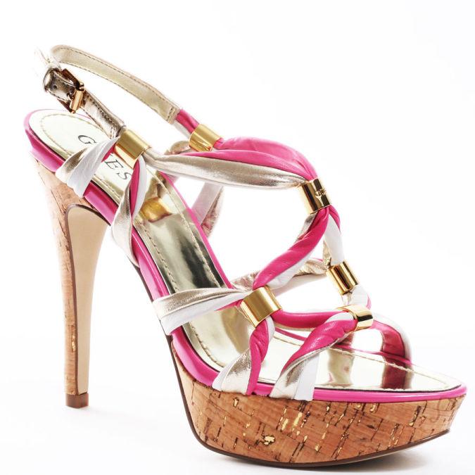 pink-women-high-heels-shoes-2010-1 Wearing High Heels Makes You Look Slimmer