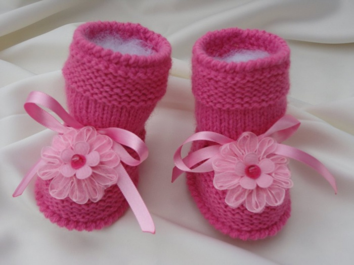 pink.2 TOP 10 Stylish Baby Girls Shoes Fashion