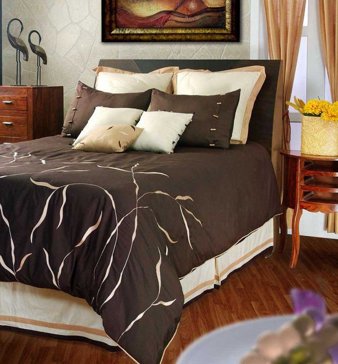 Modern designs of bed sheets home design elements for Designer bed pics