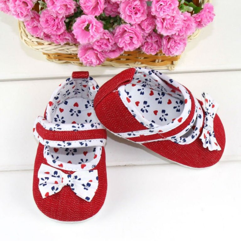 red1 TOP 10 Stylish Baby Girls Shoes Fashion