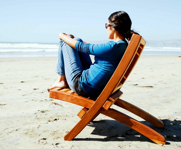 redwood-collapsible-beach-chair-design How To Choose A Beach Chair ?!