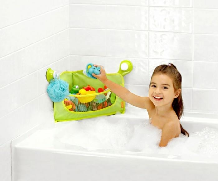 set-of-toys 10 Fabulous Kids Bathroom Accessories