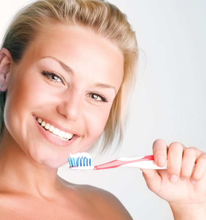 shutterstock_54851659 Whitening Your Teeth At Home