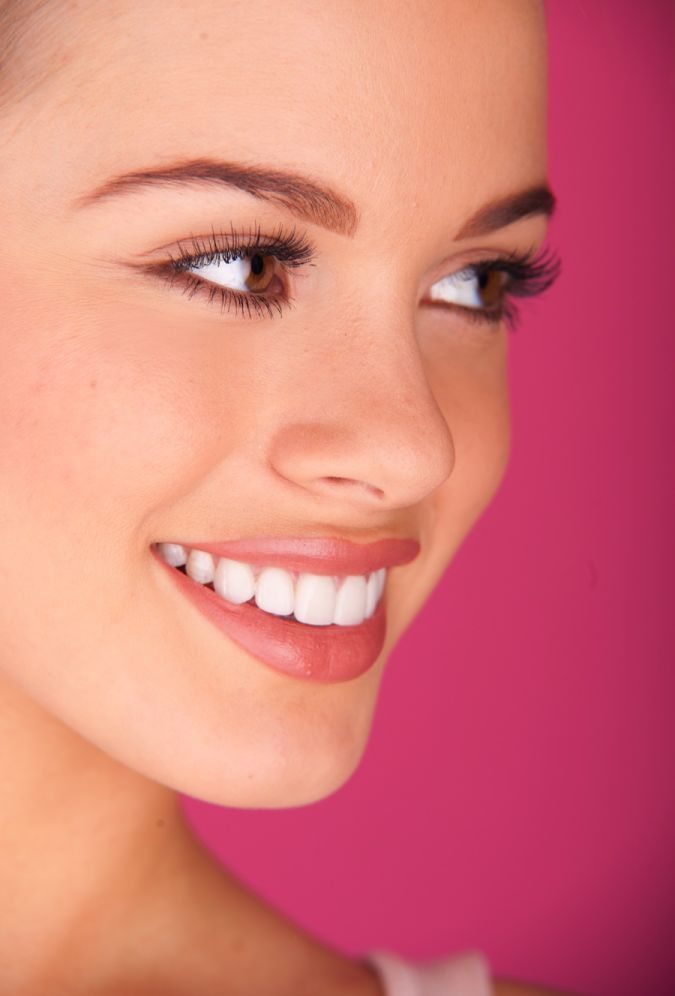 shutterstock_79987825 Whitening Your Teeth At Home