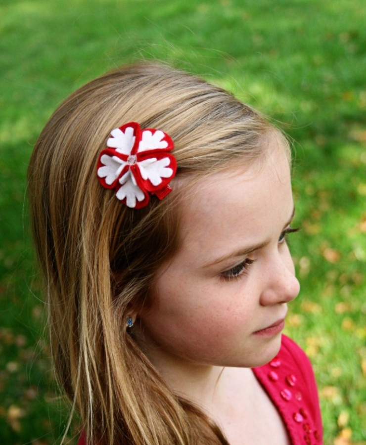snowflake-bloom-felt-clip 50 Gorgeous Kids Hair Accessories and Hairstyles
