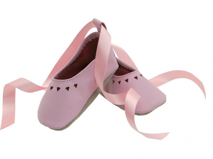 soft_leather_baby_shoes__summerhearts_in_baby_pink__ballerina_style_shoe_with_delicate_heart_cut_outs_and_a_satin_ribbon 5 Important Considerations to Make Before Buying Your Wedding Dress