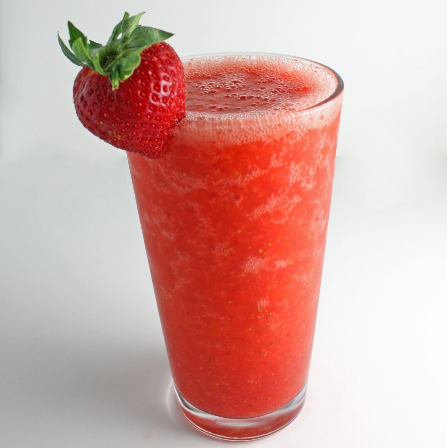 strawberry-lemon-smoothie Smoothie Drink Is Very Healthy And Delicious With Low Calories