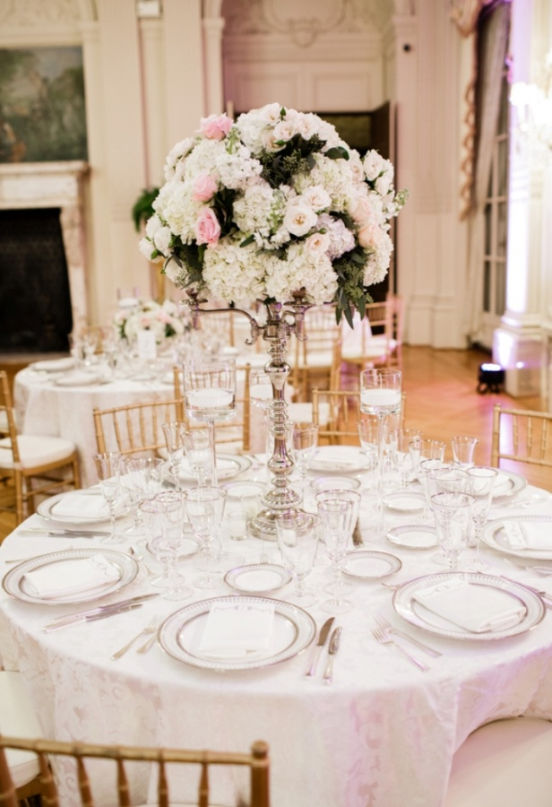 tall-open 50 Fabulous and Breathtaking Wedding Centerpieces