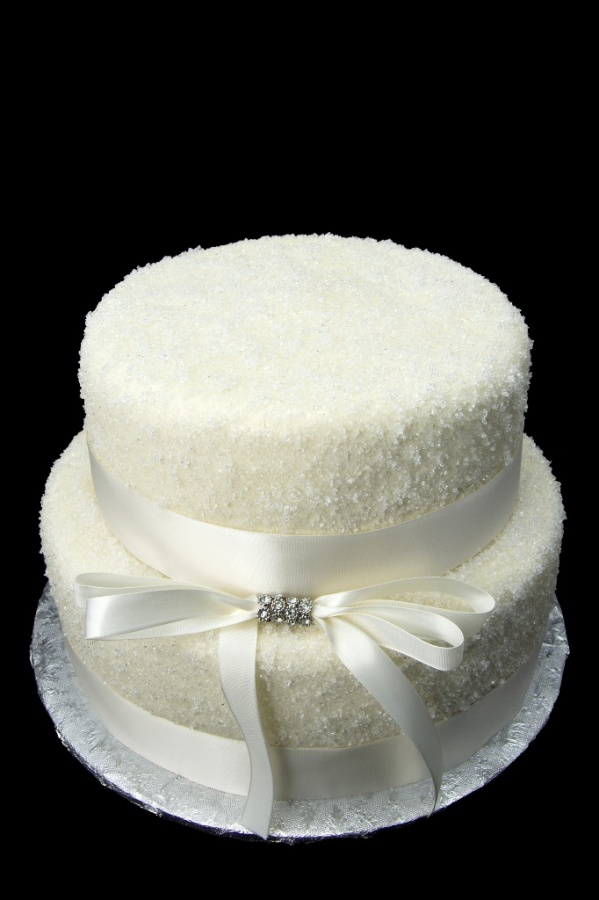 two-tire 50 Mouthwatering and Wonderful Wedding Cakes