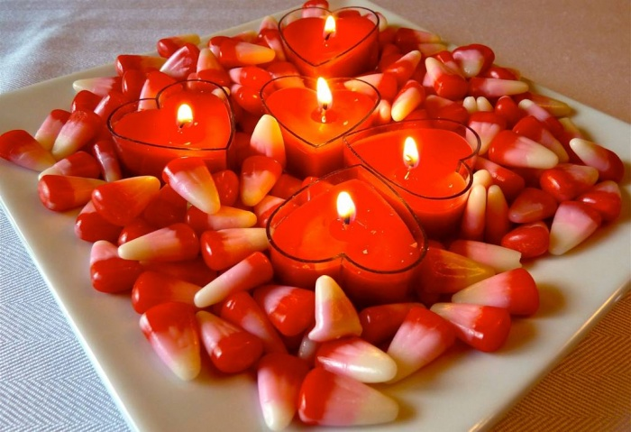 votive-candle-wedding-centerpiece 50 Fabulous and Breathtaking Wedding Centerpieces