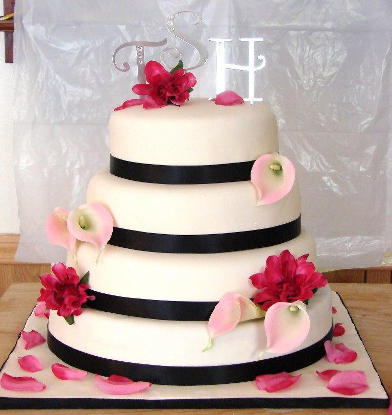 wedding-cake 50 Mouthwatering and Wonderful Wedding Cakes