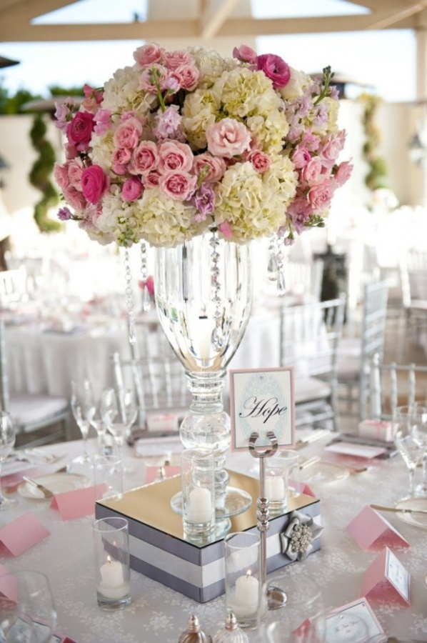 wedding-centerpiece-ideas-29 50 Fabulous and Breathtaking Wedding Centerpieces