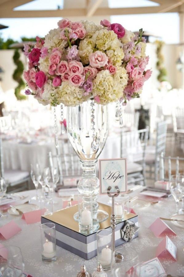 wedding-centerpiece-ideas-29 50 Fabulous and Breathtaking Wedding Centerpieces