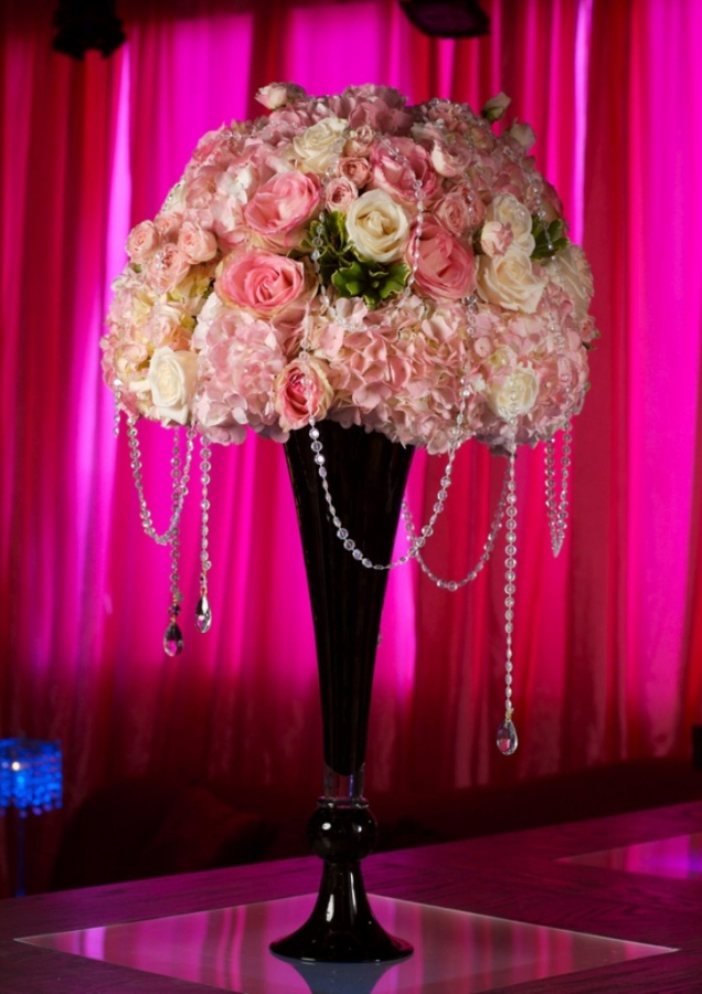 wedding-centerpiece-table-arrangement-ideas-24 50 Fabulous and Breathtaking Wedding Centerpieces
