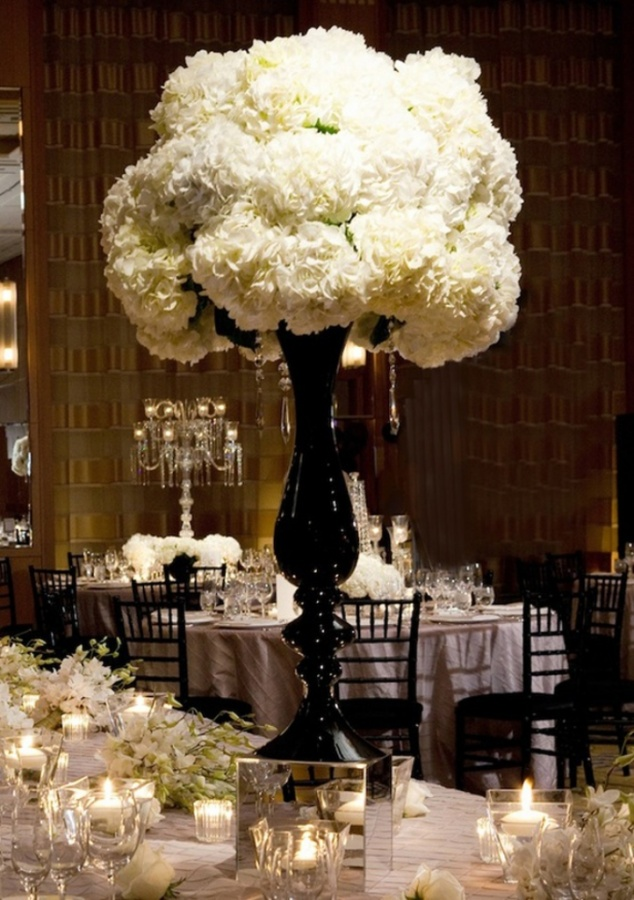 wedding-centerpieces-2 50 Fabulous and Breathtaking Wedding Centerpieces