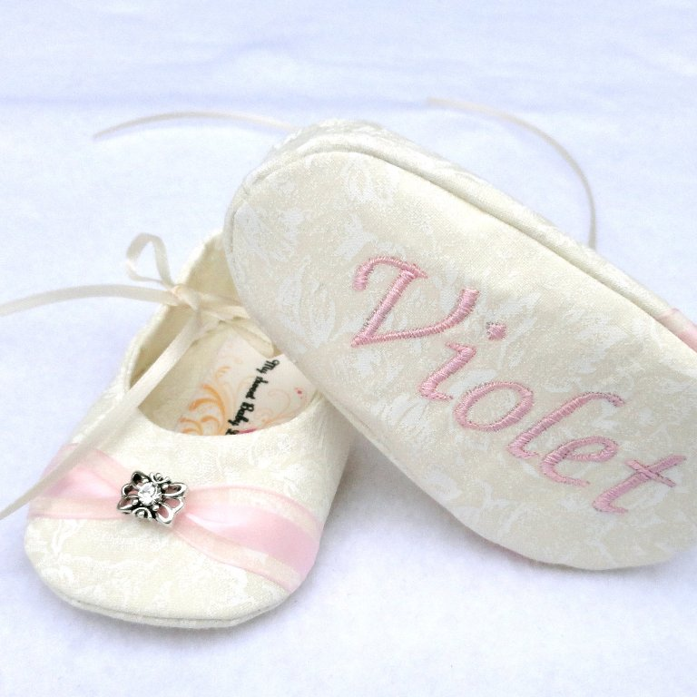 white-and-pink TOP 10 Stylish Baby Girls Shoes Fashion