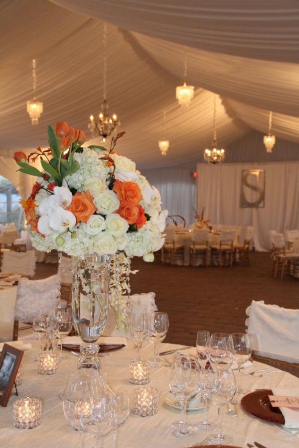 white-orangecrystal-tall-centerpiece-1 50 Fabulous and Breathtaking Wedding Centerpieces