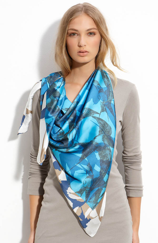 a scarf can make your looks glowing pouted