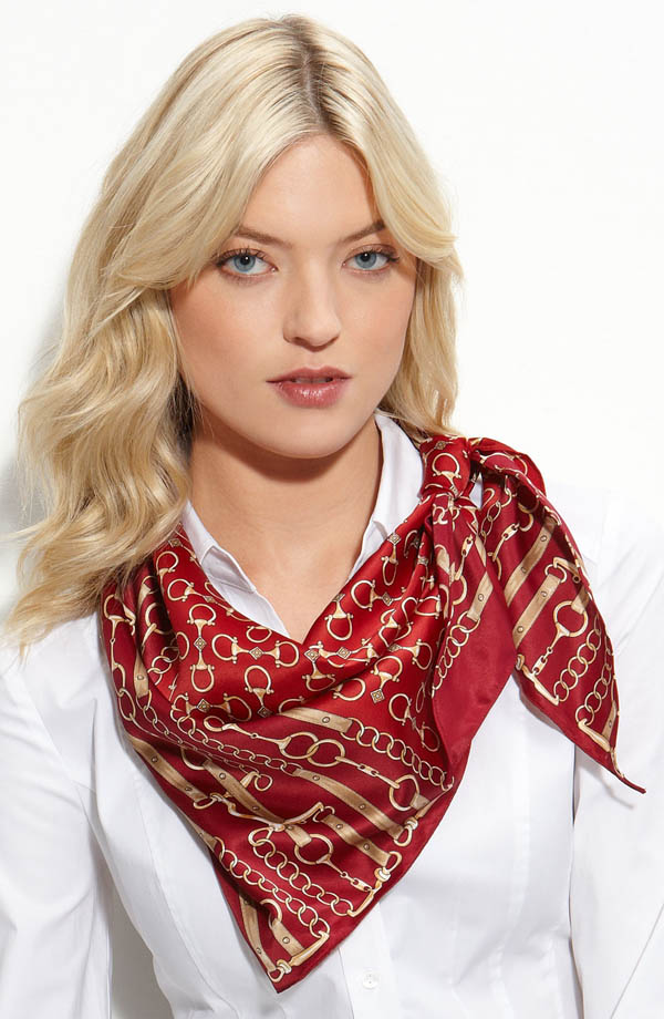 women-scarves-20111011-191 A Scarf Can Make Your Face Looks Glowing
