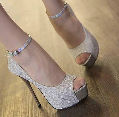1005979_384005061700867_1315031616_n Elegant Collection Of High-Heeled Shoes For Women
