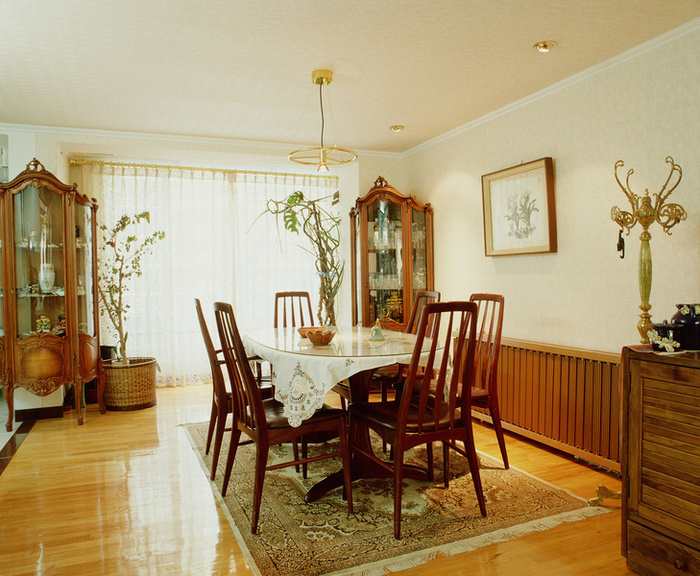 1322dining_room 28 Elegant Designs For Your Dining Room
