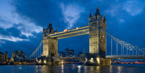 2.-Tower-Bridge 18 Most Unique Bridges Of The World