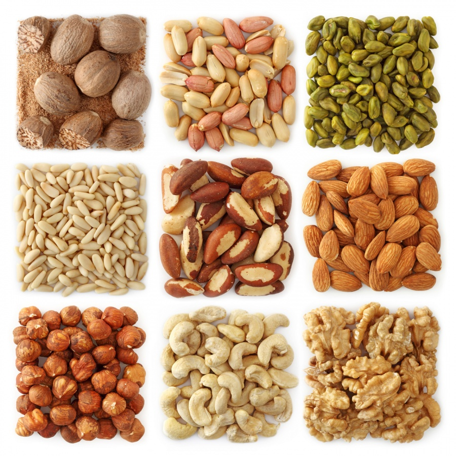 30912-nuts 10 Foods That Could Fight The Aging Signs On Your Body