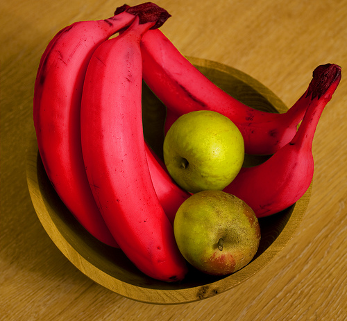 3179911688_8fb9a4b598 Have You Ever Tried Eating Red Bananas?