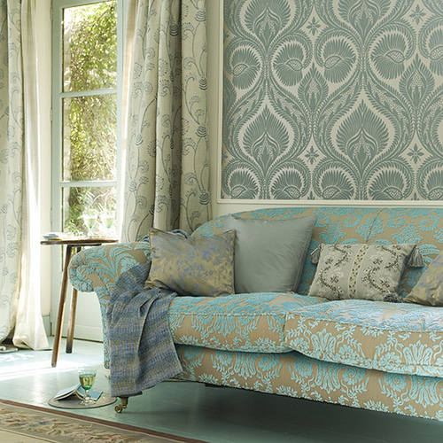 3201530309_647e970d12 Tips On Choosing Wall Papers For Your Living Room