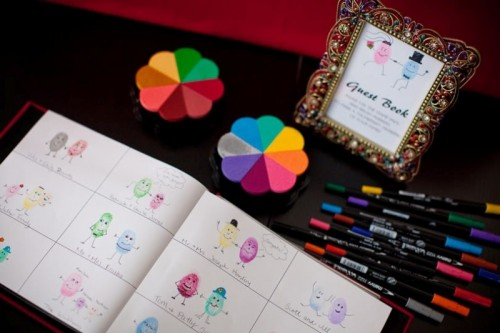 35-non-traditional-and-creative-wedding-guest-book-ideas-8-500x333 Unique And Creative Guest Book Ideas For Your Wedding Day