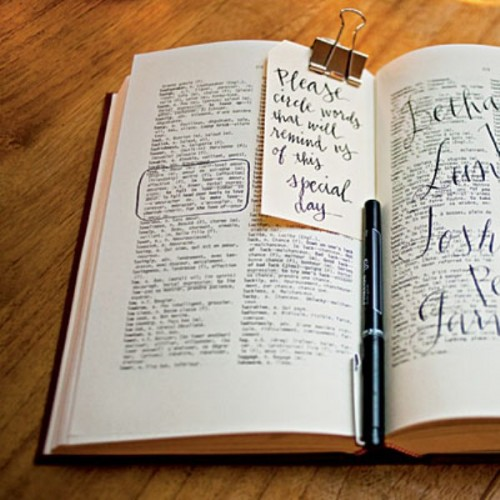 35-non-traditional-and-creative-wedding-guest-book-ideas-9-500x500 Unique And Creative Guest Book Ideas For Your Wedding Day