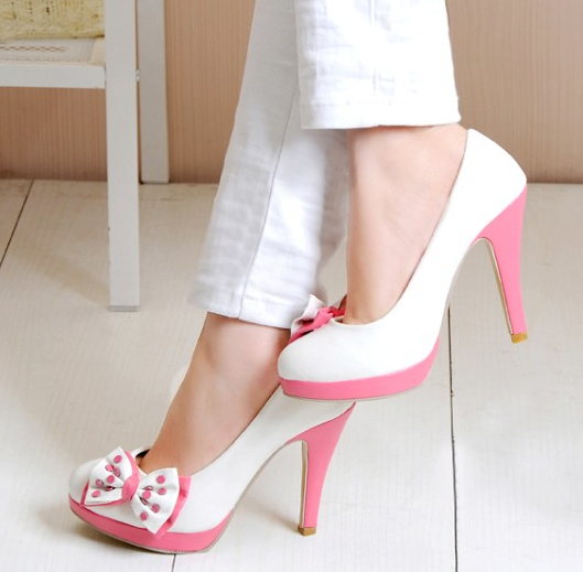 66910_383581335076573_1093086309_n Elegant Collection Of High-Heeled Shoes For Women