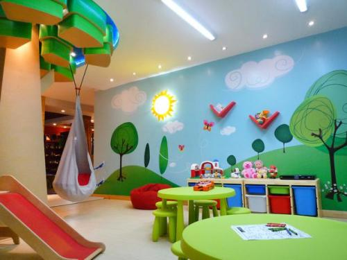 8-Colorful-Kids-Room Create A Colorful Atmosphere In Your Kids Room By Wallpaper