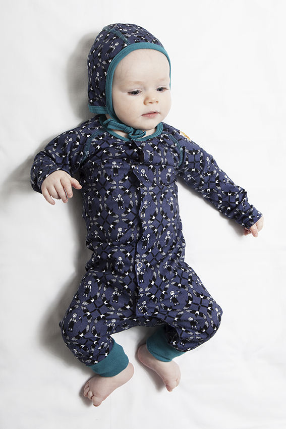 A-boy-and-his-Magpie-print-from-Modéerska-Huset-baby-fashion-for-autumn-winter-2013 Top 41 Styles Of Clothing For Newborn Babies