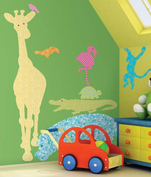 Animal-Wallpaper-in-Kids-Room Create A Colorful Atmosphere In Your Kids Room By Wallpaper