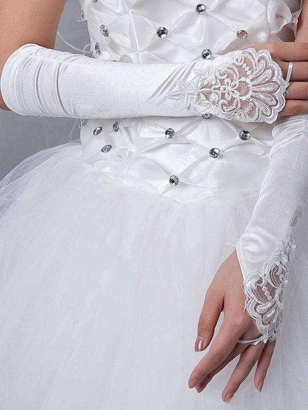 BG1003 35 Elegant Design Of Bridal Gloves And Tips On Wearing It In Your Wedding