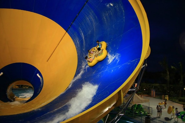 Chimelong-Water-Park1 15 Of The World's Wildest WaterParks