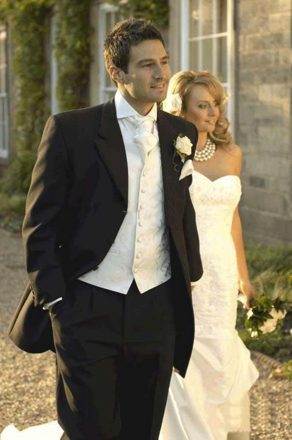 Classic-Black-Hot-White-Jacket-High-Quality-Groom-Tuxedos-Suits-For-Wedding-Evening-Formal-Men-Suit Which One Is The Perfect Wedding Suit For Your Big Day?!