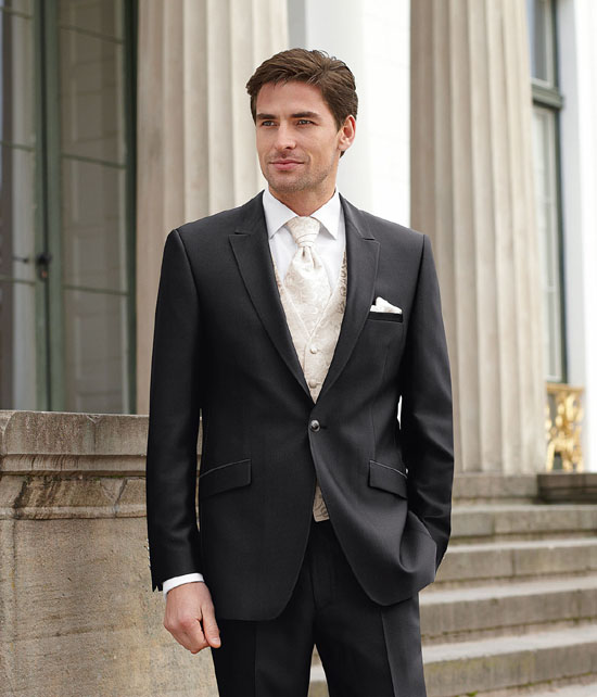 Deutsch-style-mens-wedding-suits-9__98219_zoom Which One Is The Perfect Wedding Suit For Your Big Day?!