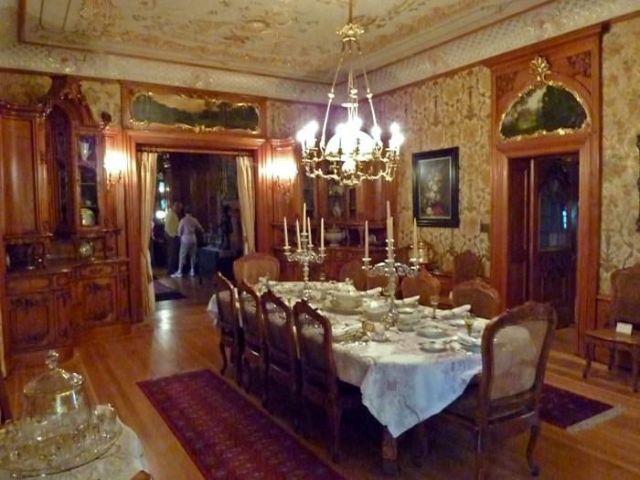 Dining_room_-_Pabst_Mansion 28 Elegant Designs For Your Dining Room