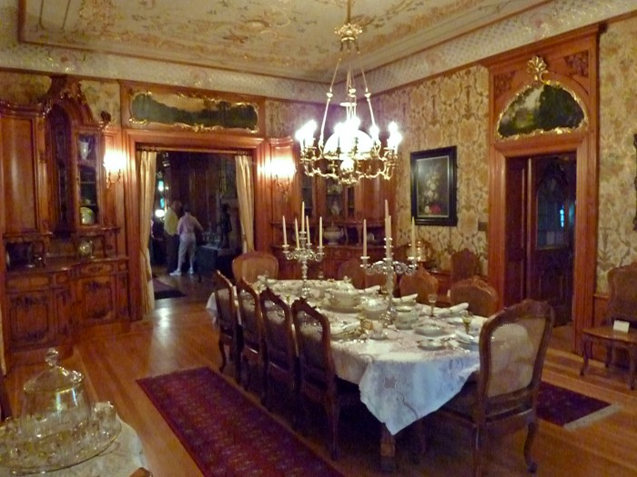 Dining_room_-_Pabst_Mansion 28 Elegant Designs For Your Dining Room
