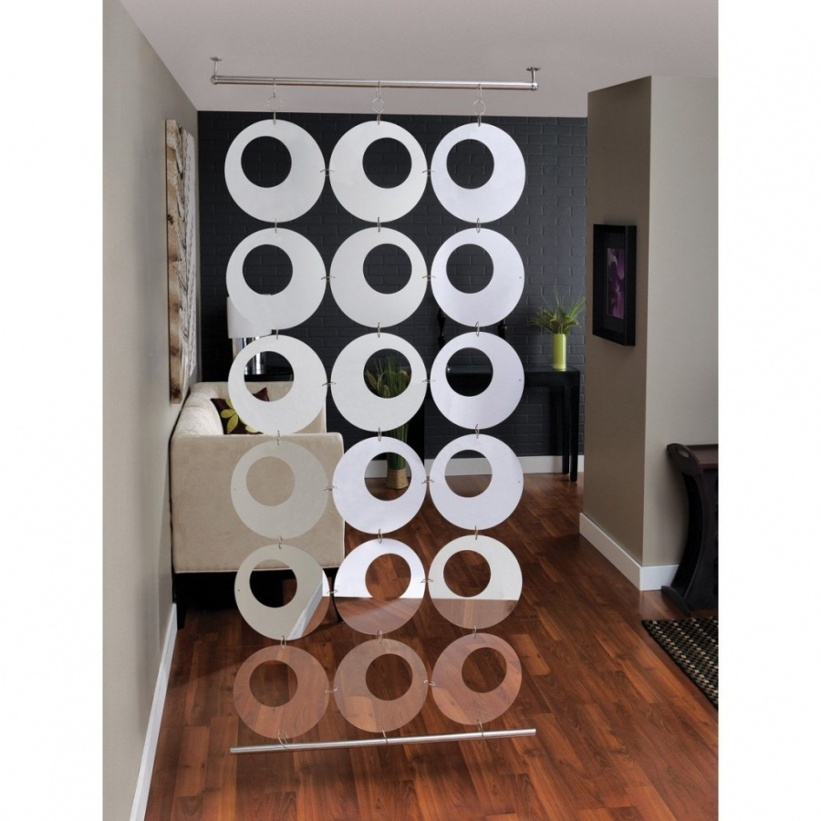 Exotic-round-hanging-room-divider 40 Most Amazing Room Dividers
