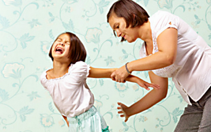 Hitting-Children Are You One Of Who Punish Their Kids By Spanking Or Hitting??